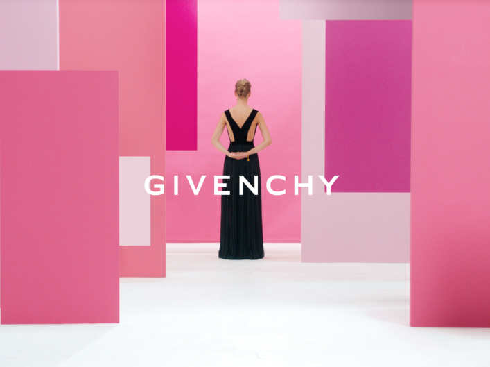 Givenchy – Live Irresistible